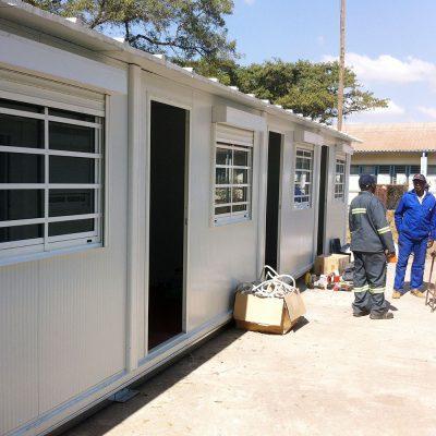 ambulatorio portátil prefabricado en Zimbawe
