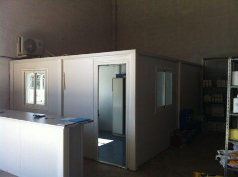 oficina interior prefabricada en la muela (zaragoza)