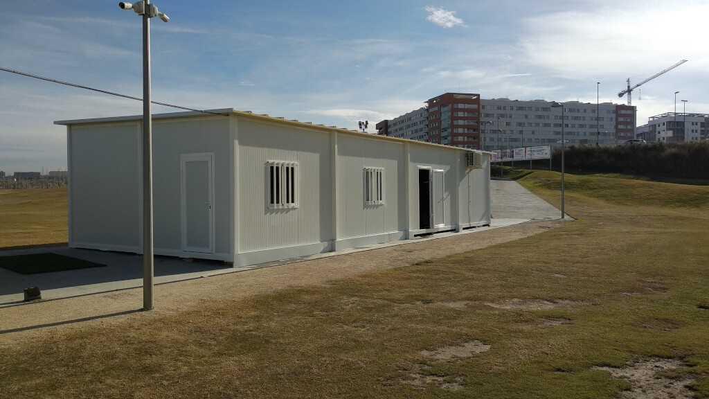 Simulador y tienda de articulos de golf en arcosur - Casas prefabricadas en zaragoza ...