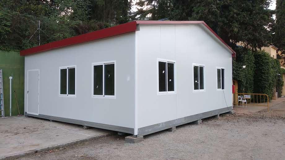 aula prefabricada en barcelona (argentona)